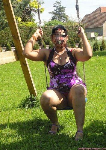 south hot aunty park expose pussy enjoy outdoor   nudesibhabhi.com
