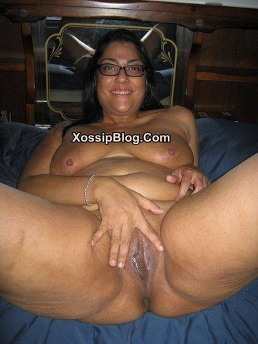 Cute Indian MILF Spreads Fully Nude