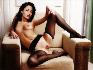 Angelina Jolie Spread Pussy 46