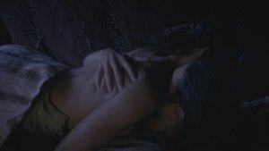 Kylie Bunbury, etc - Tut S01 E01 sex scene 1080p