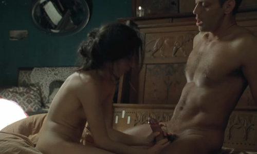 video-devushki-na-seks-vecherinke
