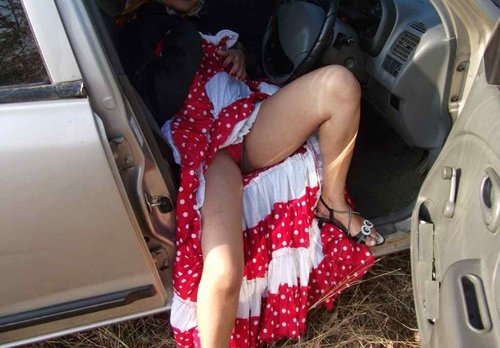 Newly Married Desi girl Honeymoon naked outdoor Photos - Sexy Girls Pictures. Big Boobs and sexy naked ass pussy photos showing sexy Indian new wedding girls celebrate her Honeymoon days outdoors with her husband, Sexy girls removing her red dress and expose her red bra and panty in the car Nude Photos Collection.