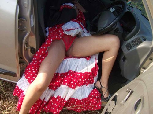 Sexy Girls Pictures. Big Boobs and sexy naked ass pussy photos showing sexy Indian new wedding girls celebrate her Honeymoon days outdoors with her husband, Sexy girls removing her red dress and expose her red bra and panty in the car Nude Photos Collection.