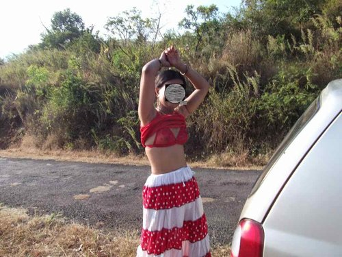Real Newly Married Desi girl Honeymoon naked outdoor Photos - Sexy Girls Pictures. Big Boobs and sexy naked ass pussy photos showing sexy Indian new wedding girls celebrate her Honeymoon days outdoors with her husband, Sexy girls removing her red dress and expose her red bra and panty in the car Nude Photos Collection.